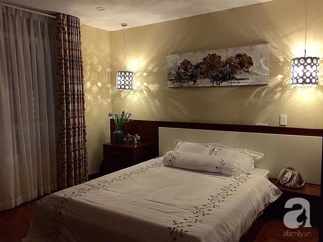 Ghé thăm căn hộ đẹp bình yên, trong trẻo đến lạ thường của người phụ nữ yêu hoa ở TP HCM - Ảnh 20.