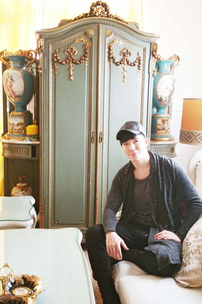 Chiêm ngưỡng ngôi nhà dát vàng triệu đô của nam ca sĩ Nathan Lee ở Hà Nội - Ảnh 6.