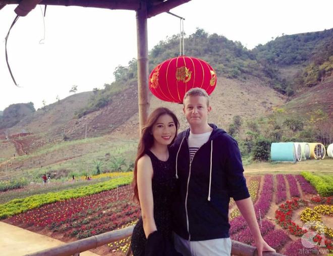 Choáng ngợp trước ngôi nhà vườn xanh mát bóng cây, rộng 7600m² của cô dâu Việt tại New Zealand - Ảnh 2.