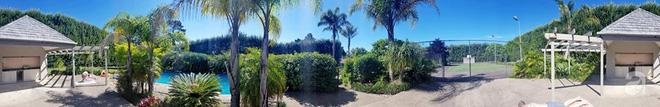 Choáng ngợp trước ngôi nhà vườn xanh mát bóng cây, rộng 7600m² của cô dâu Việt tại New Zealand - Ảnh 8.