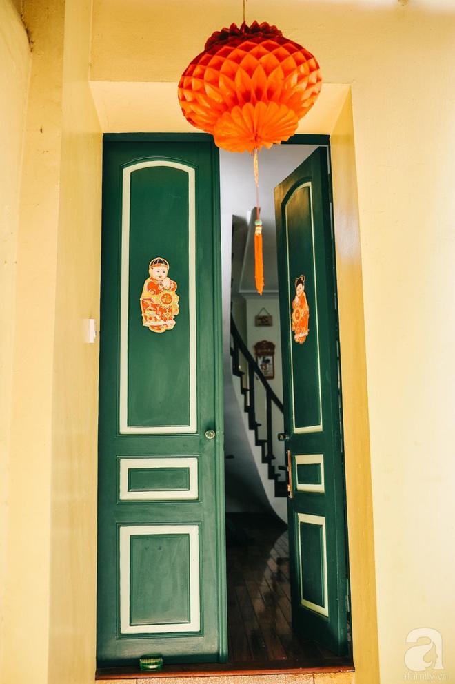Ngôi nhà ở phố cổ Hà Nội đẹp như một bức tranh hoài niệm về quá khứ, tạo nên cảm giác yên bình và vô cùng lãng mạn - Ảnh 2.