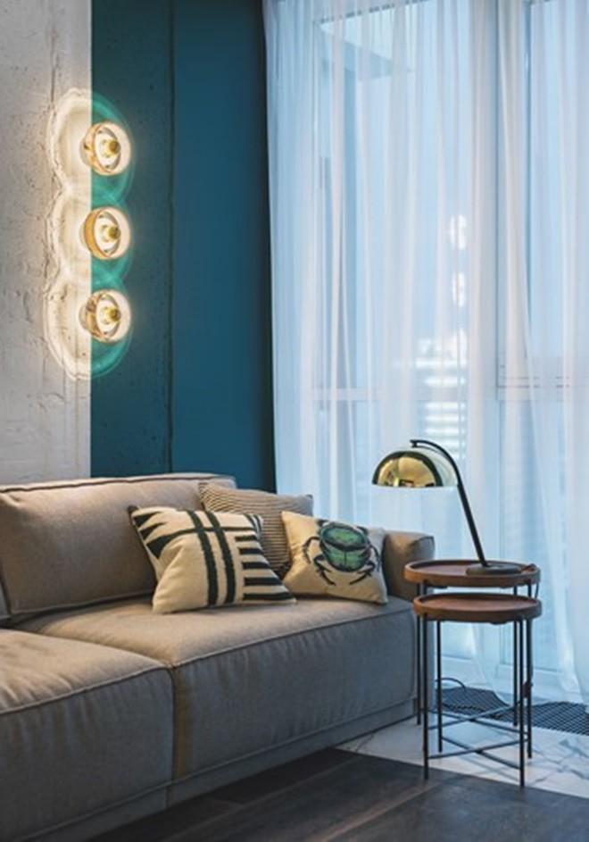 Ngỡ như lạc vào xứ sở nhiệt đới với căn hộ vàng - xanh rực rỡ, sáng bừng cả không gian - Ảnh 3.