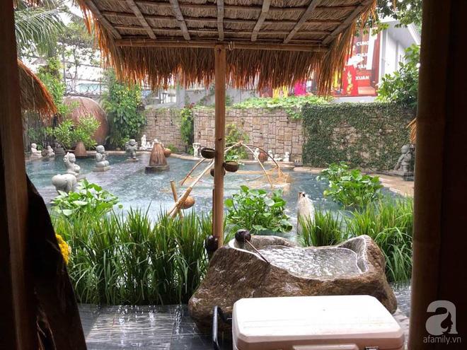 Thăm căn nhà vườn rộng đến 2000m² đậm chất quê của NTK Đinh Văn Thơ giữa lòng Sài Gòn - Ảnh 6.
