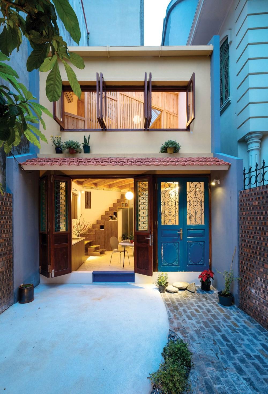 Ngôi nhà 30m² ở Tây Hồ, Hà Nội cho thấy: Khi hiện đại gặp xưa cũ sẽ tạo nên điều vô cùng kì diệu - Ảnh 2.