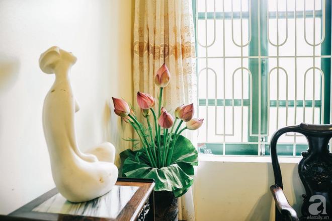 Ngôi nhà ở phố cổ Hà Nội đẹp như một bức tranh hoài niệm về quá khứ, tạo nên cảm giác yên bình và vô cùng lãng mạn - Ảnh 8.