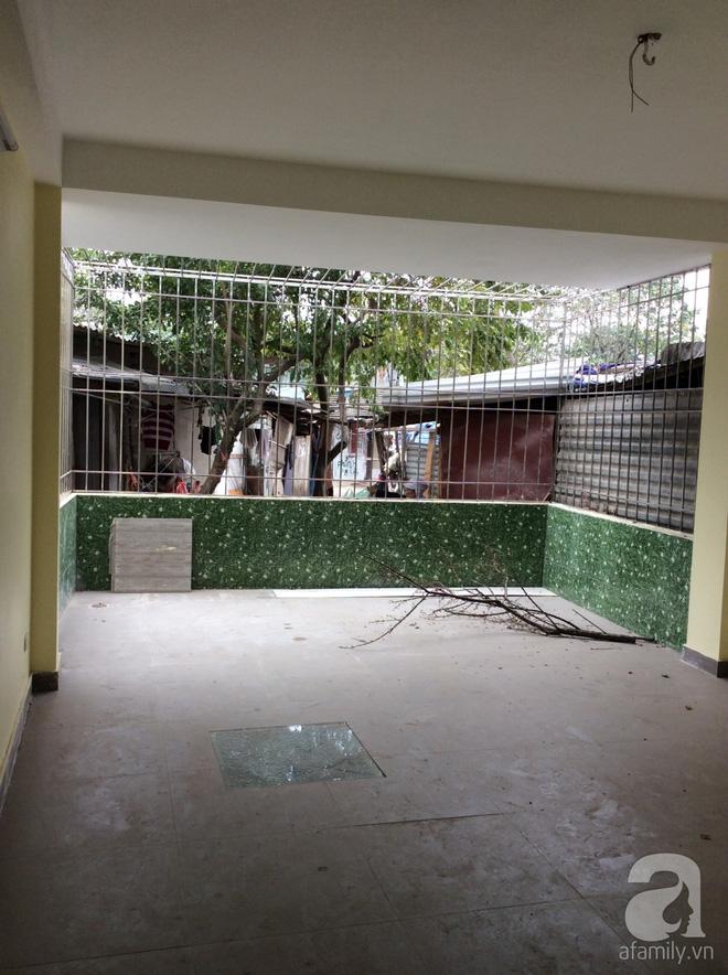 Ngôi nhà ống 58m² ở Hà Nội đẹp như nhà ở châu Âu sau khi cải tạo - Ảnh 1.