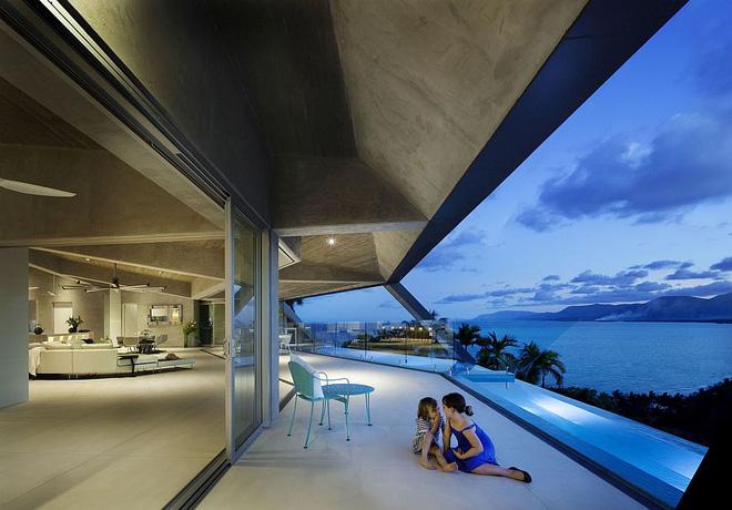 Choáng ngợp với căn biệt thự đạt giải Nhất về kiến trúc vì tiện nghi hoàn hảo như một khu nghỉ dưỡng - Ảnh 4.