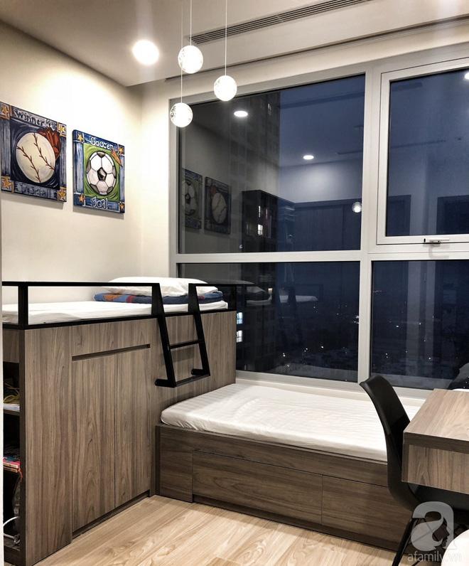 Tận hưởng cuộc sống đúng nghĩa trên tầng cao trong căn hộ nhỏ 72.6m² đẹp như căn hộ mẫu ở Hà Nội - Ảnh 11.