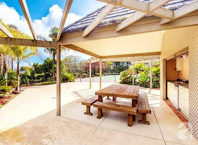 Choáng ngợp trước ngôi nhà vườn xanh mát bóng cây, rộng 7600m² của cô dâu Việt tại New Zealand - Ảnh 19.