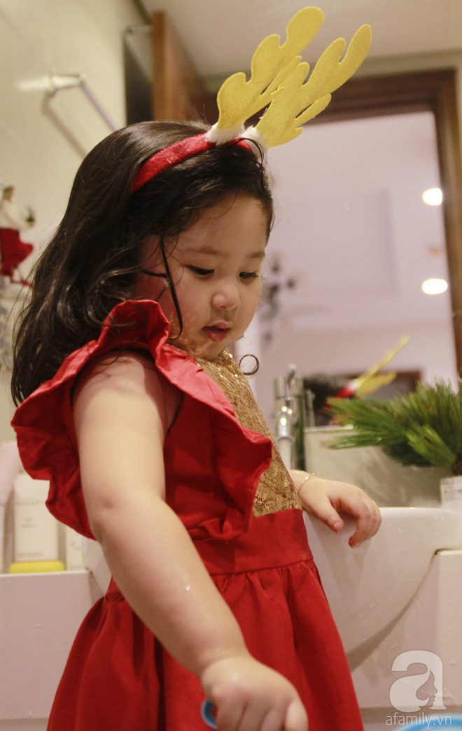 Căn hộ được trang trí Noel đẹp lung linh, món quà của người mẹ tặng con gái ở Q7, Sài Gòn - Ảnh 19.