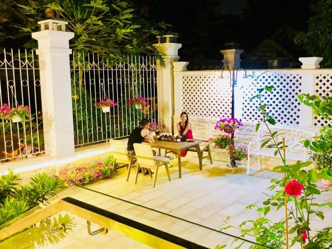 Biệt thự triệu đô ven sông với vườn rau xanh ngắt rộng đến 100m² của cặp vợ chồng hot nhất showbiz Việt: Thủy Tiên – Công Vinh - Ảnh 20.