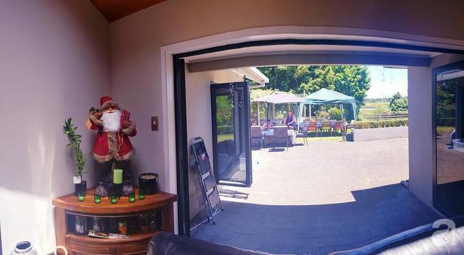 Choáng ngợp trước ngôi nhà vườn xanh mát bóng cây, rộng 7600m² của cô dâu Việt tại New Zealand - Ảnh 23.