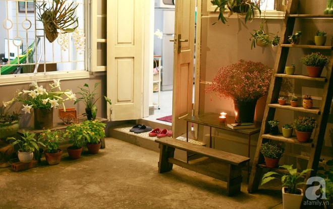 Ngôi nhà phố góc nào cũng xinh xắn và lãng mạn với hoa tươi của người phụ nữ Hà Thành - Ảnh 11.
